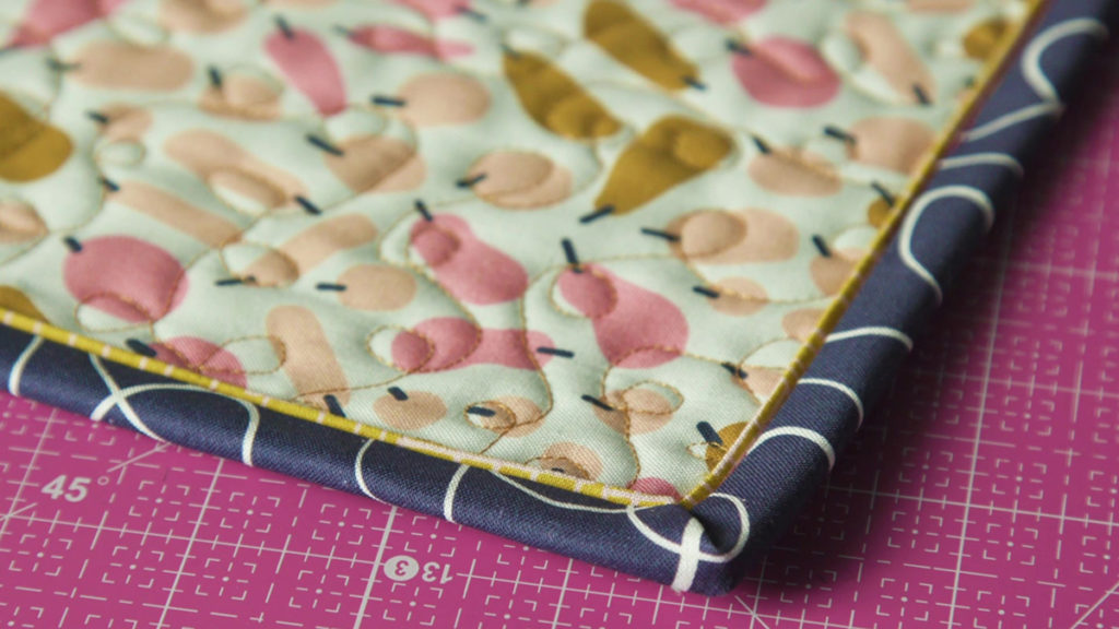 Sew Easy: Binding with Faux Piping