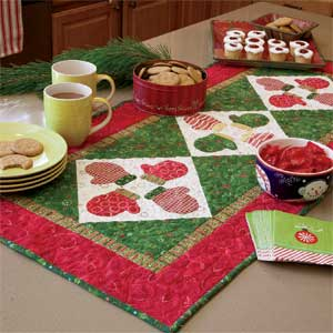 S Mittens Table Runner Free Fast Fused Appliqud Mittens Quilt Pattern Quilting Daily