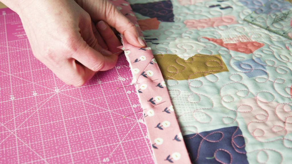 Sew Easy: Binding a Quilt