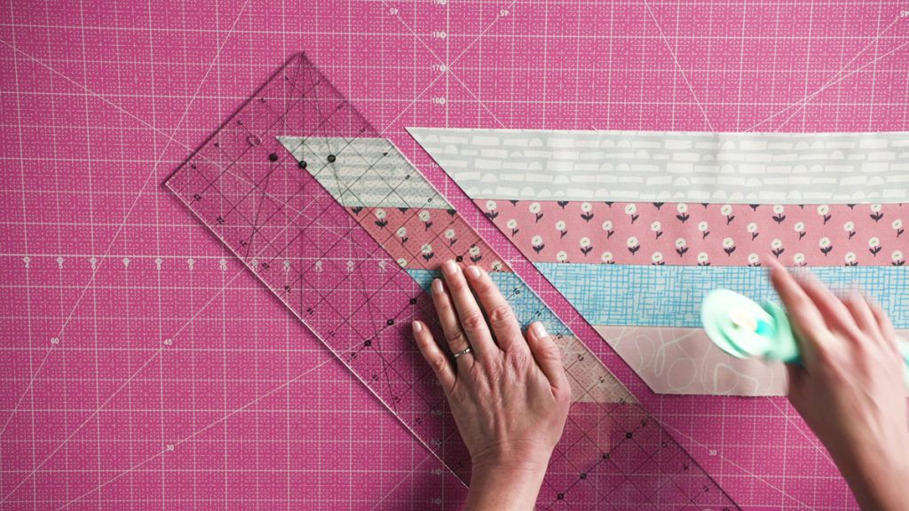 sew-easy-cutting-45-degree-bands
